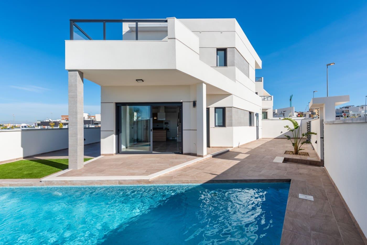 Chalet de 3 habitaciones en Benijófar en venta con piscina - 274.000 € (Ref: 5054089)