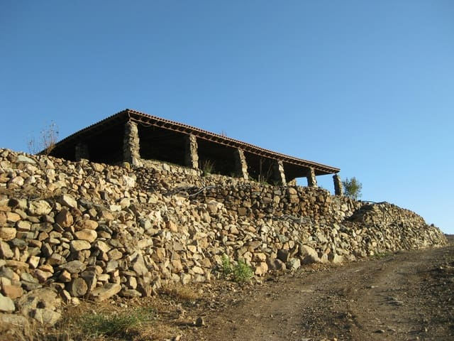 Finca Casa Rural De 5 Habitaciones En Fataga En Venta 450 000
