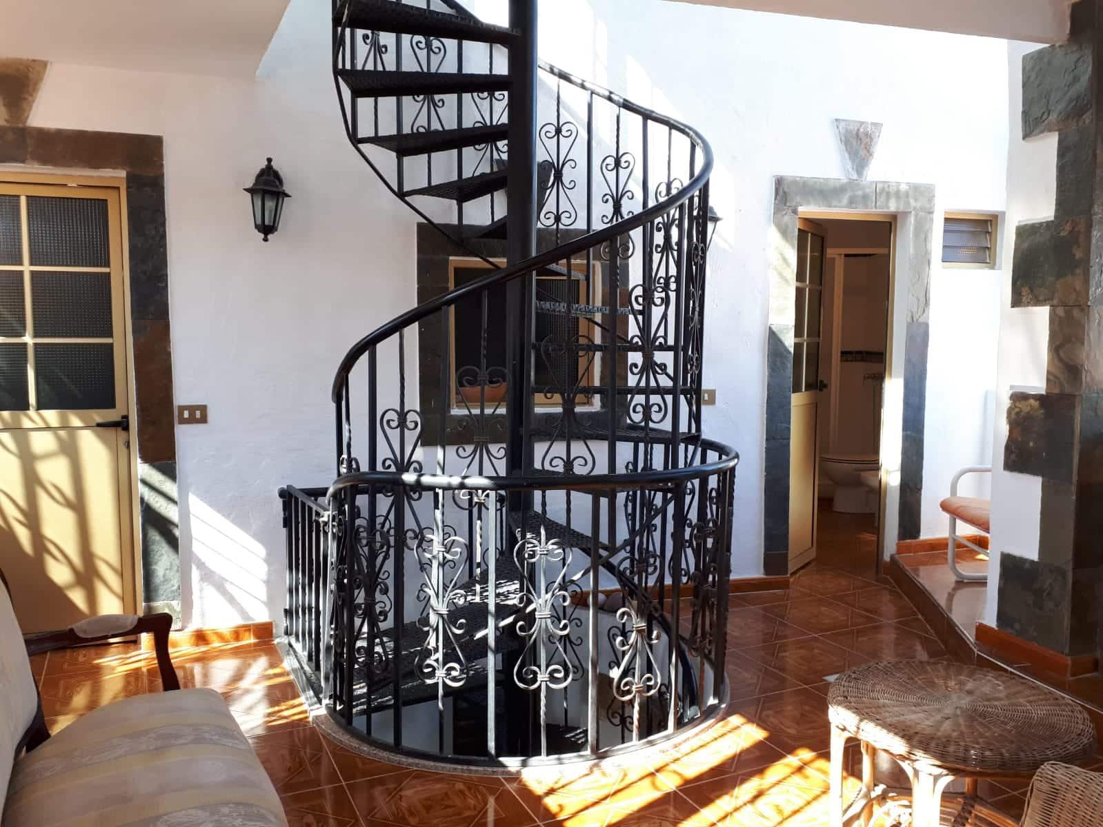 Finca/Maison de Campagne de 2 chambres à louer à Santa Lucia de Tirajana - 500 € (Ref: 5042980)