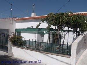 3 soveværelse Hulehus til salg i El Margen med garage - € 75.000 (Ref: 4155342)