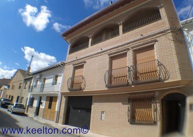 Casa de 4 habitaciones en Orce en venta con garaje - 166.000 € (Ref: 4505997)