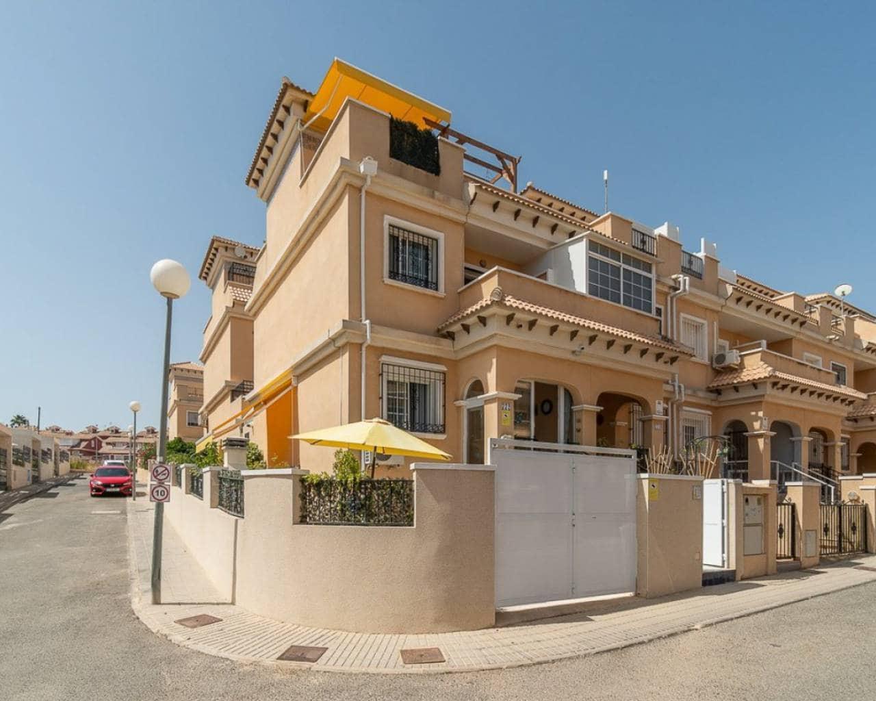 Casa de 3 habitaciones en Orihuela en venta con piscina - 128.000 € (Ref: 4725226)
