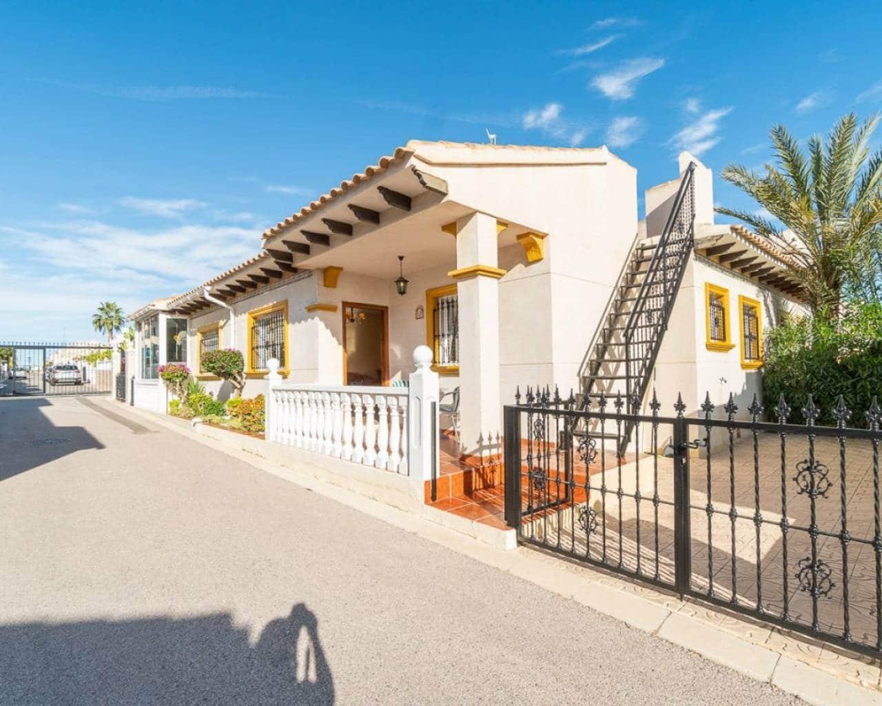 Casa de 2 habitaciones en Playa Flamenca en venta con piscina - 119.000 € (Ref: 4963436)