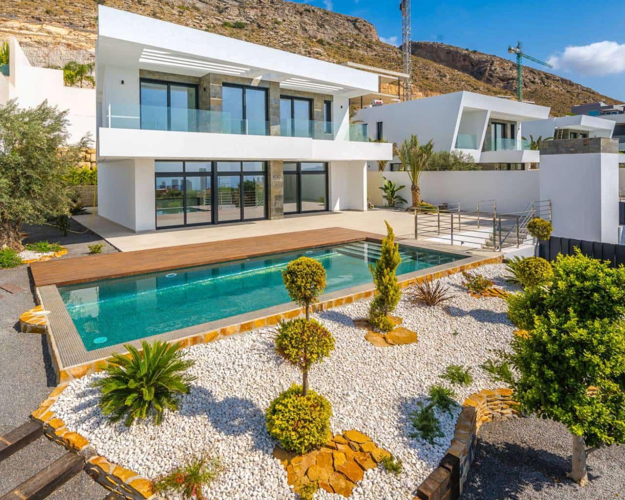 5 bedroom Villa for sale in Finestrat with pool garage - € 1,280,000 (Ref: 5716655)