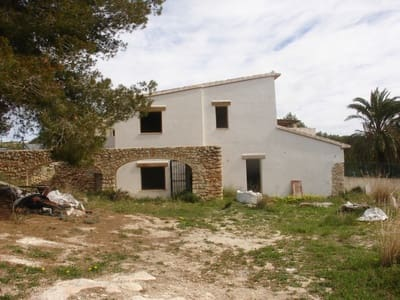 2 bedroom Finca/Country House for sale in Teulada - € 245,000 (Ref: 3880101)