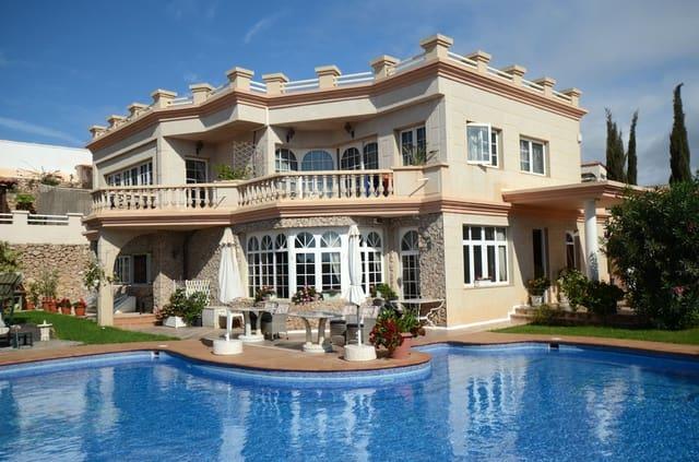 6 makuuhuone Huvila myytävänä paikassa Costa Calma mukana uima-altaan - 839 000 € (Ref: 3835462)