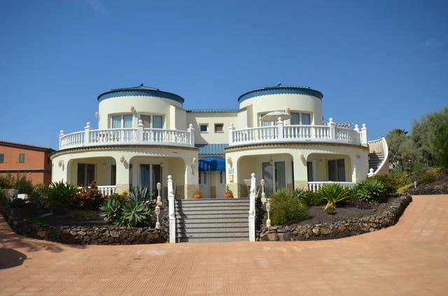 6 makuuhuone Huvila myytävänä paikassa Parque Holandes - 595 000 € (Ref: 3996580)