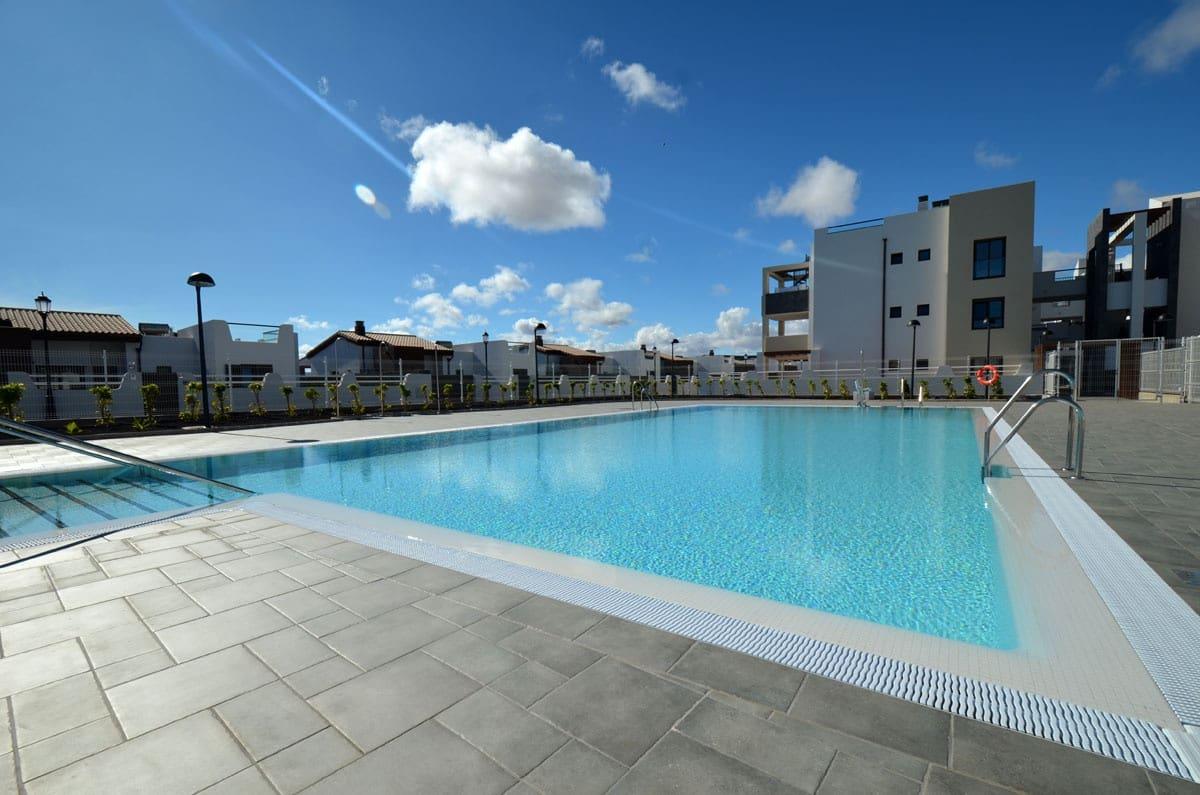 2 quarto Apartamento para venda em Caleta de Fuste com piscina garagem - 206 000 € (Ref: 5803315)