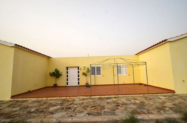 3 quarto Quinta/Casa Rural para venda em Gran Tarajal com garagem - 300 000 € (Ref: 6038204)