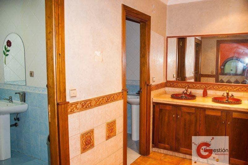 5 camera da letto Commerciale in vendita in Salobrena - 200.000 € (Rif: 4218325)