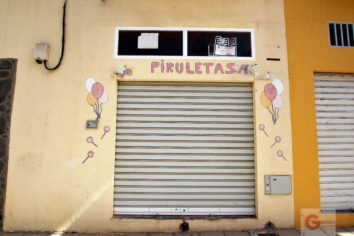 3 bedroom Commercial for sale in Motril - € 75,000 (Ref: 4736057)