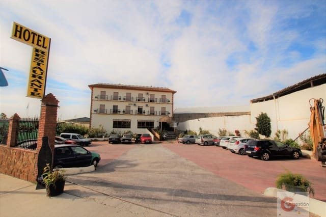 30 bedroom Hotel for sale in Motril with garage - € 3,150,000 (Ref: 6135548)