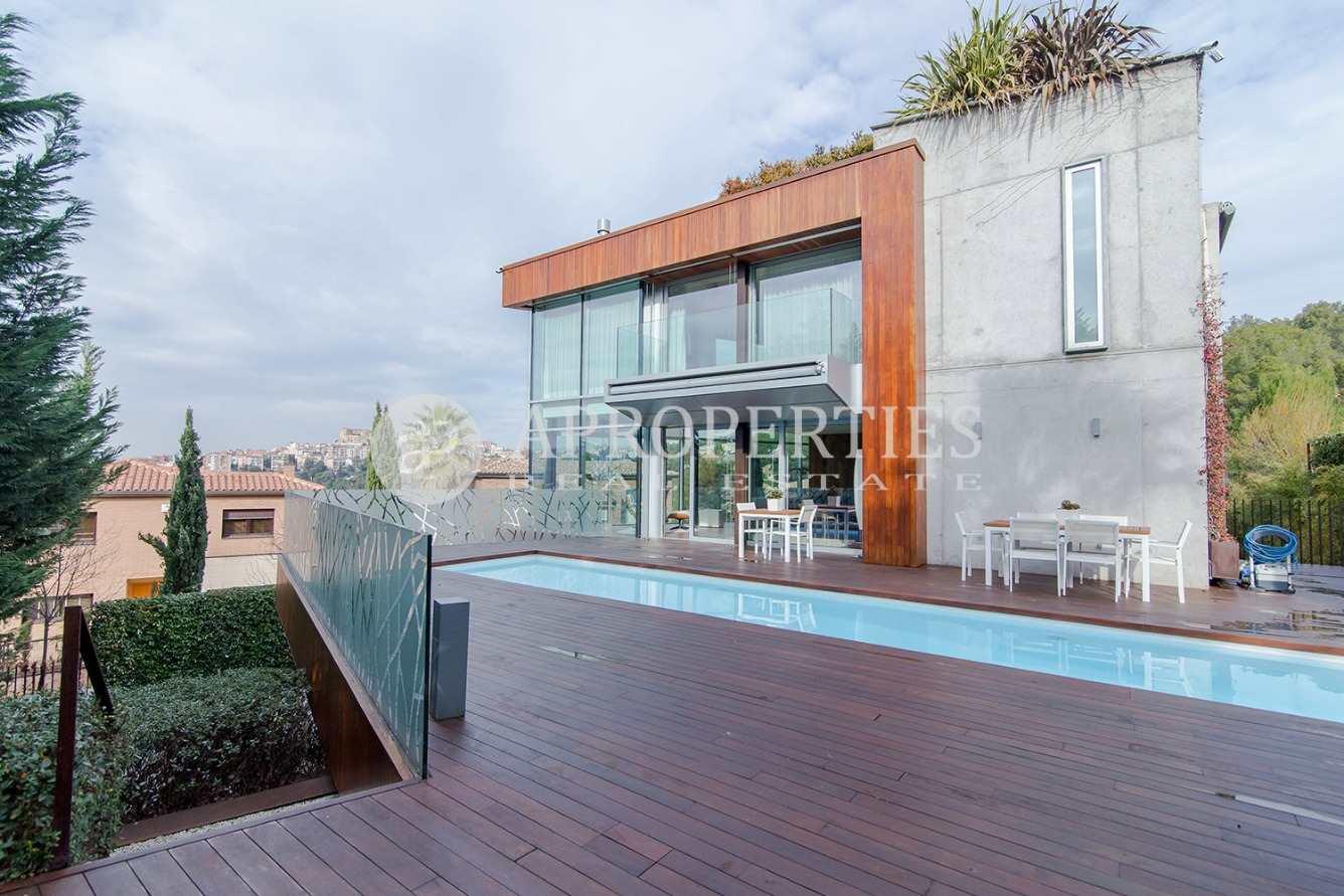 4 bedroom Villa for sale in El Papiol with pool garage - € 3,850,000 (Ref: 3598812)