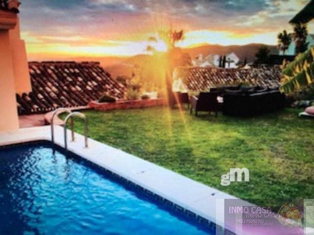 3 soverom Villa til leie i Istan med svømmebasseng garasje - € 3 000 (Ref: 3856561)