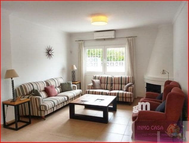 3 soverom Villa til leie i Costabella med svømmebasseng garasje - € 1 700 (Ref: 5779904)