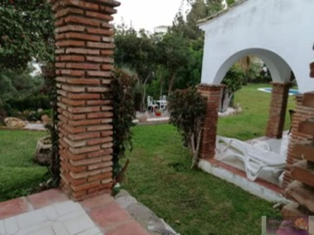 1 quarto Apartamento para arrendar em Calahonda com piscina garagem - 700 € (Ref: 6119126)
