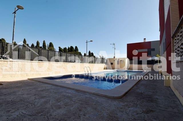 3 soverom Rekkehus til salgs i Almassora / Almazora med svømmebasseng garasje - € 117 000 (Ref: 5662218)