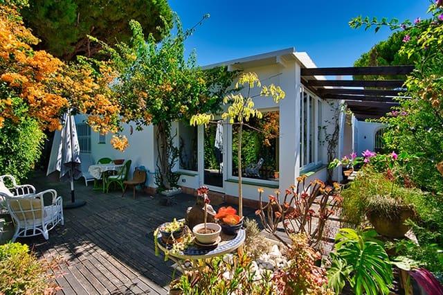 3 soveværelse Semi-Rækkehus til salg i La Reserva med swimmingpool - € 499.000 (Ref: 6300766)