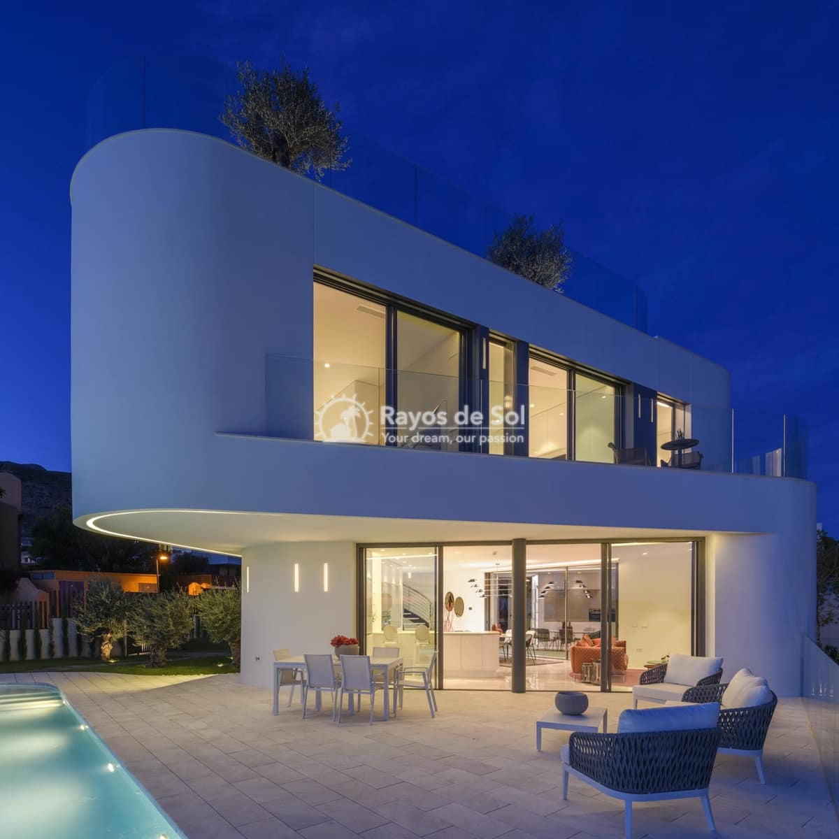 4 bedroom Villa for sale in Finestrat with pool - € 1,350,000 (Ref: 3885645)