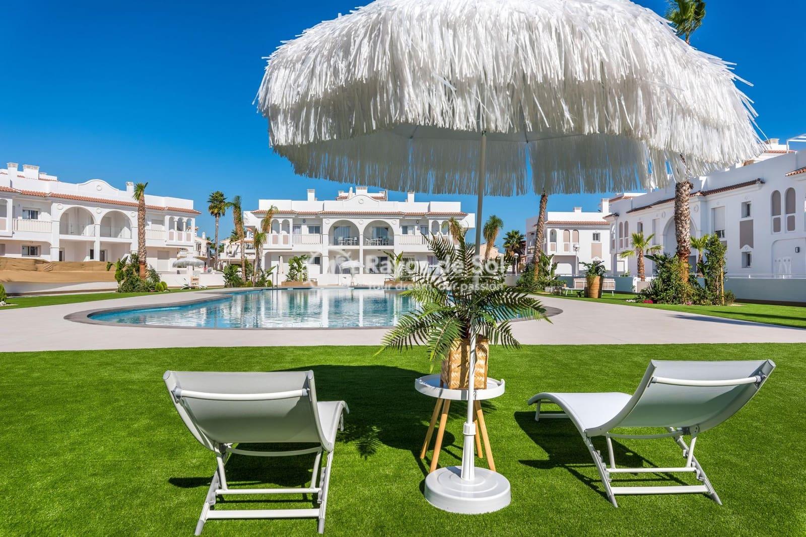 2 bedroom Apartment for sale in Ciudad Quesada with pool - € 204,000 (Ref: 3917099)