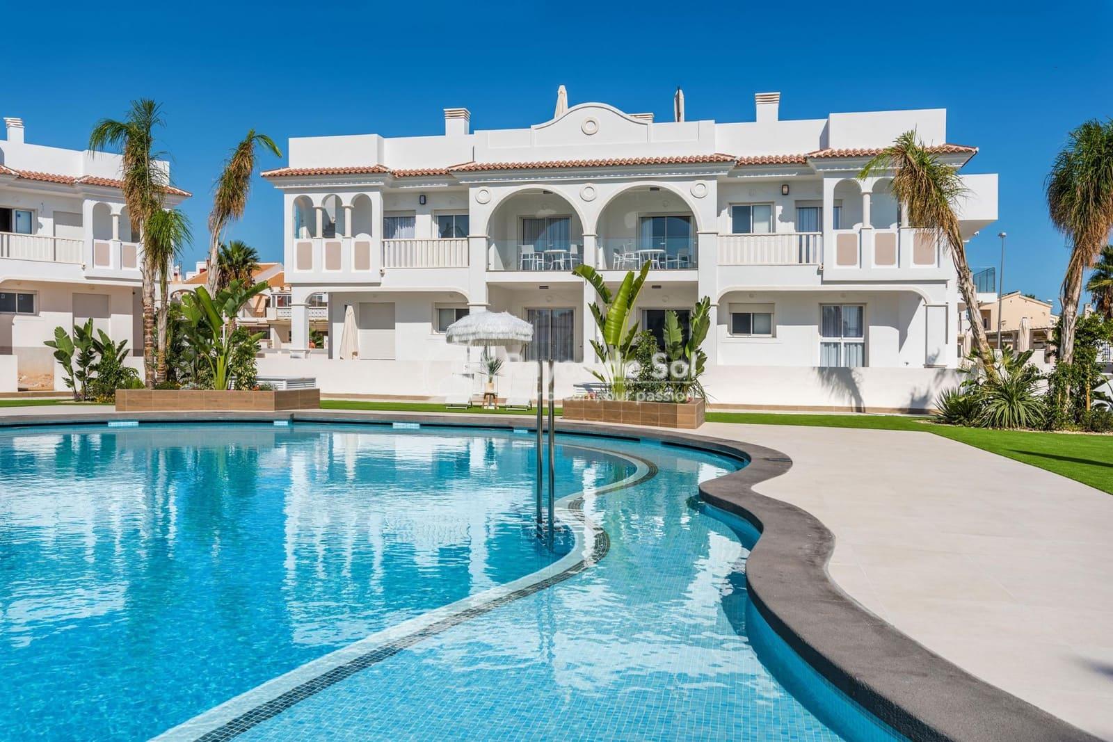 3 bedroom Apartment for sale in Ciudad Quesada with pool - € 222,000 (Ref: 3917120)