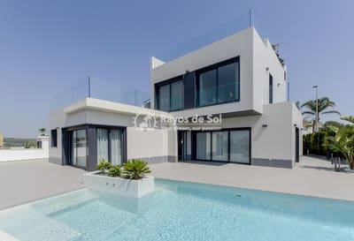 3 bedroom Villa for sale in Orihuela Costa with pool - € 799,000 (Ref: 5062861)