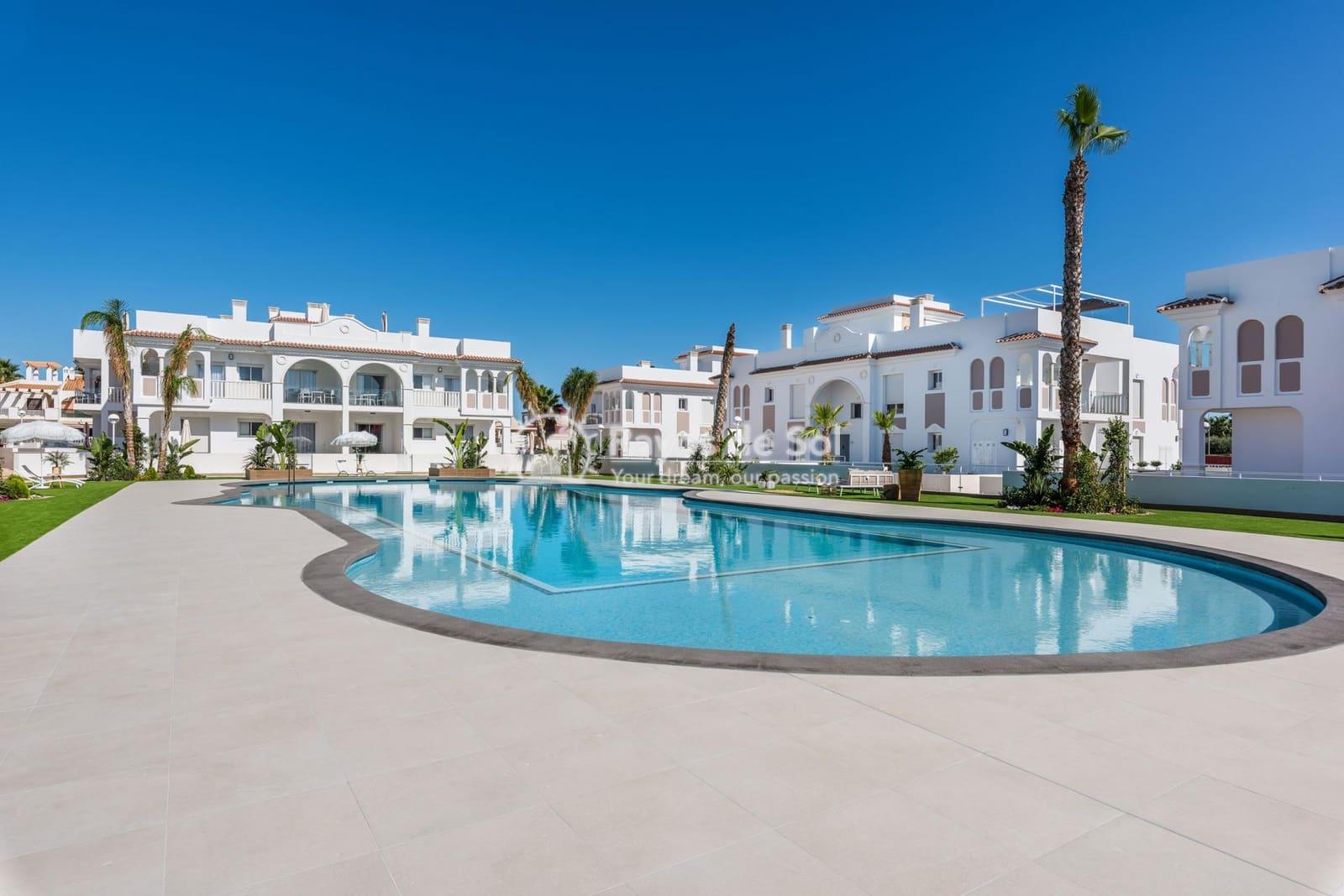 2 bedroom Apartment for sale in Ciudad Quesada with pool - € 215,000 (Ref: 5394979)