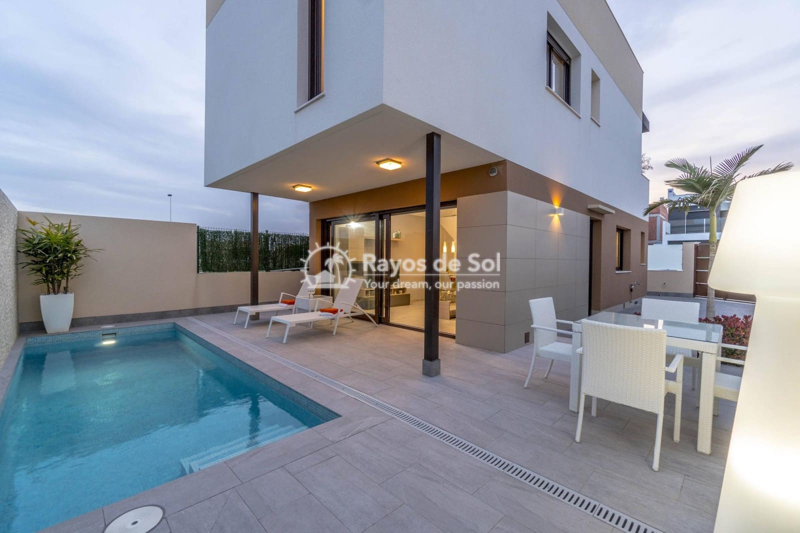 3 bedroom Villa for sale in San Pedro del Pinatar with pool - € 229,900 (Ref: 5394996)