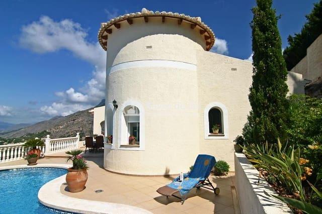 4 bedroom Villa for sale in Altea with pool - € 649,000 (Ref: 6212865)