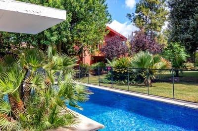 4 bedroom Villa for sale in Es Garrovers with pool garage - € 750,000 (Ref: 4776857)