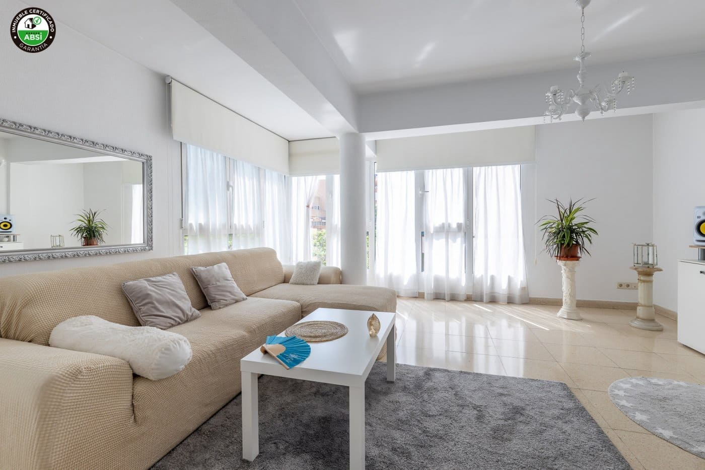 3 bedroom Flat for sale in Palma de Mallorca - € 225,000 (Ref: 6242435)