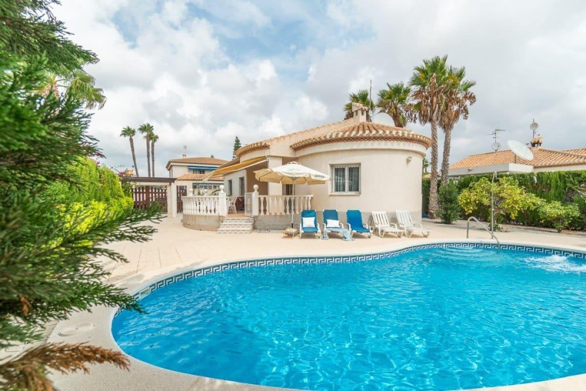 Chalet de 3 habitaciones en Playa Flamenca en venta con piscina - 390.000 € (Ref: 4753689)