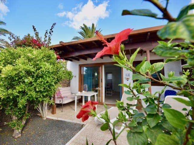 2 bedroom Bungalow for rent in Yaiza - € 2,250 (Ref: 5526553)