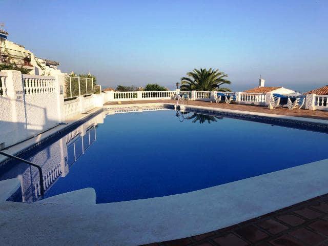 2 bedroom Villa for sale in Nerja with pool - € 259,900 (Ref: 4774563)