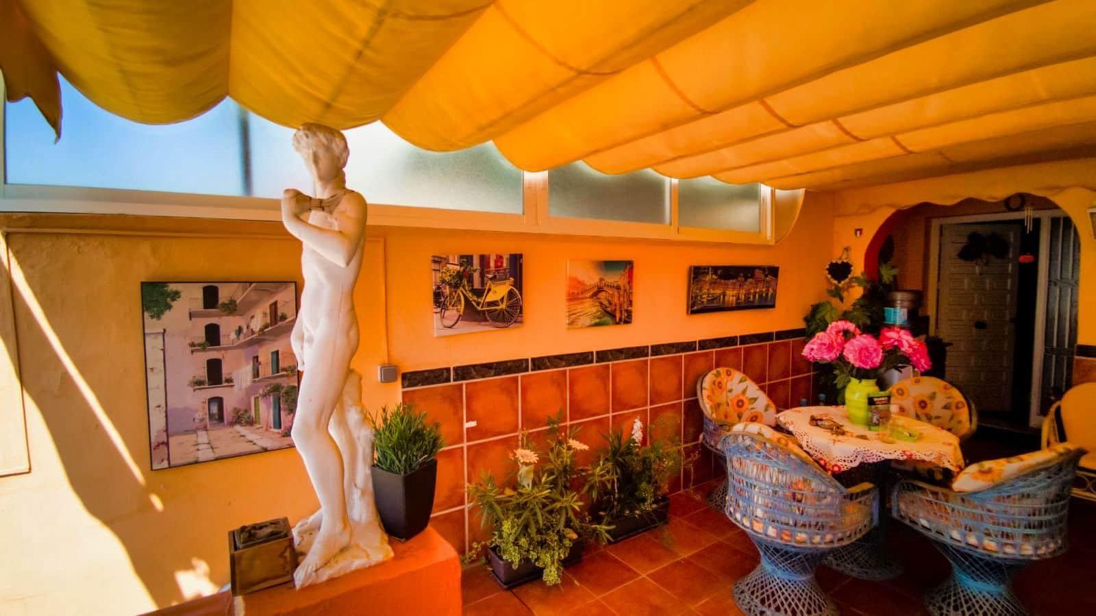 4 sovrum Semi-fristående Villa till salu i Torrox-Costa med garage - 285 000 € (Ref: 5566904)