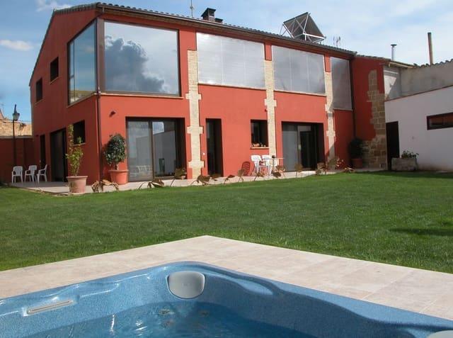 Casa de 2 habitaciones en Sariñena en venta con garaje - 800.000 € (Ref: 5911588)