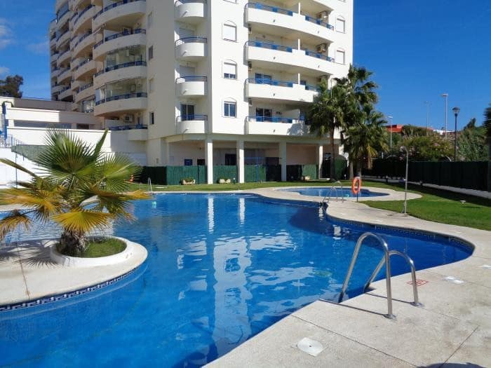 3 bedroom Apartment for sale in Marbella with pool - € 290,000 (Ref: 5171254)