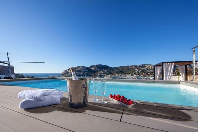 3 sypialnia Penthouse na sprzedaż w Palma de Mallorca z basenem garażem - 3 550 000 € (Ref: 5098819)