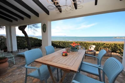 2 bedroom Bungalow for sale in Denia with pool - € 750,000 (Ref: 5205975)