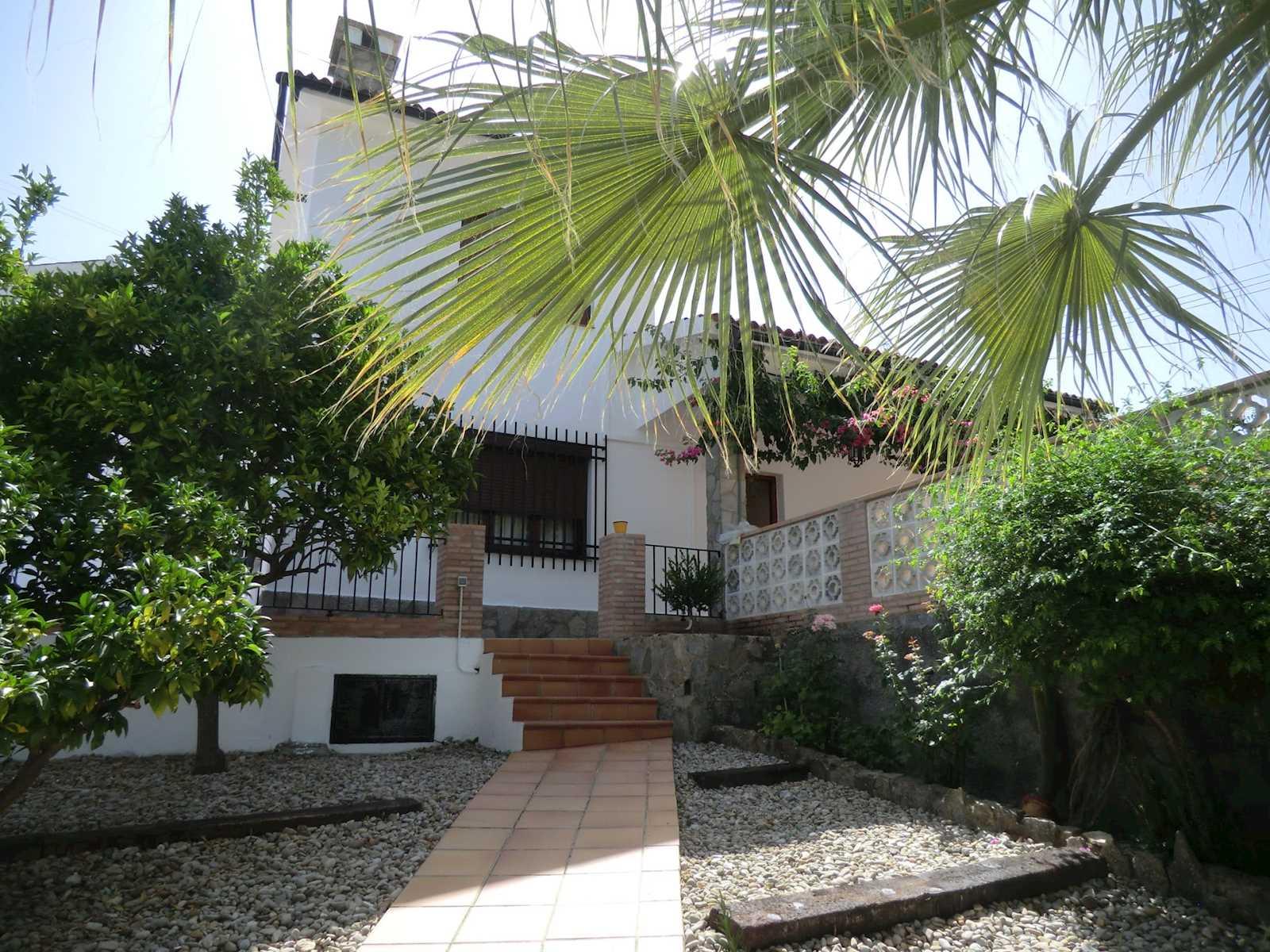 3 Zimmer Ferienvilla in Grazalema mit Pool Garage - 750 € (Ref: 3547799)