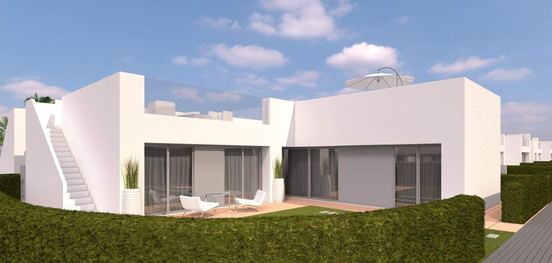 Chalet de 3 habitaciones en Pilar de la Horadada en venta - 269.900 € (Ref: 3801746)