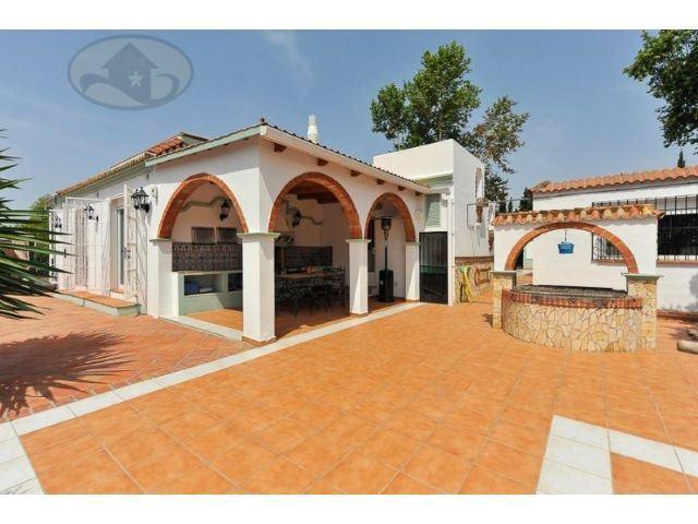 3 chambre Villa/Maison à vendre à Jimena de la Frontera avec piscine - 475 000 € (Ref: 3741852)
