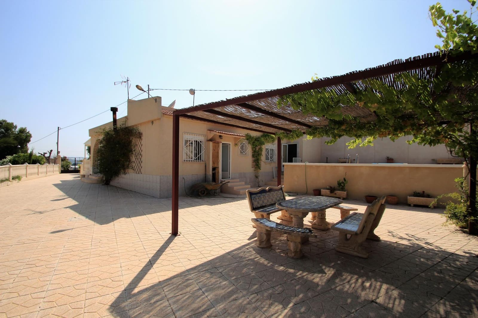 3 bedroom Finca/Country House for sale in Petrel / Petrer - € 139,995 (Ref: 4666706)