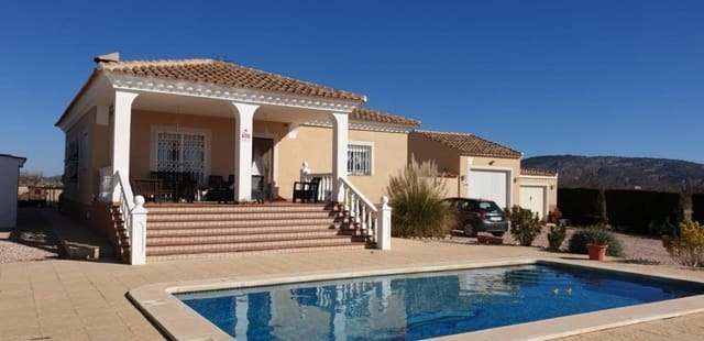 3 bedroom Villa for sale in Pinoso with garage - € 199,995 (Ref: 5146043)