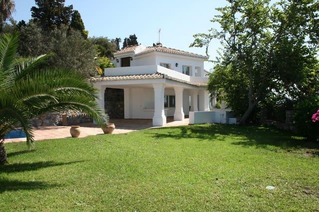 Chalet de 6 habitaciones en Almuñécar en venta con piscina - 950.000 € (Ref: 4620905)