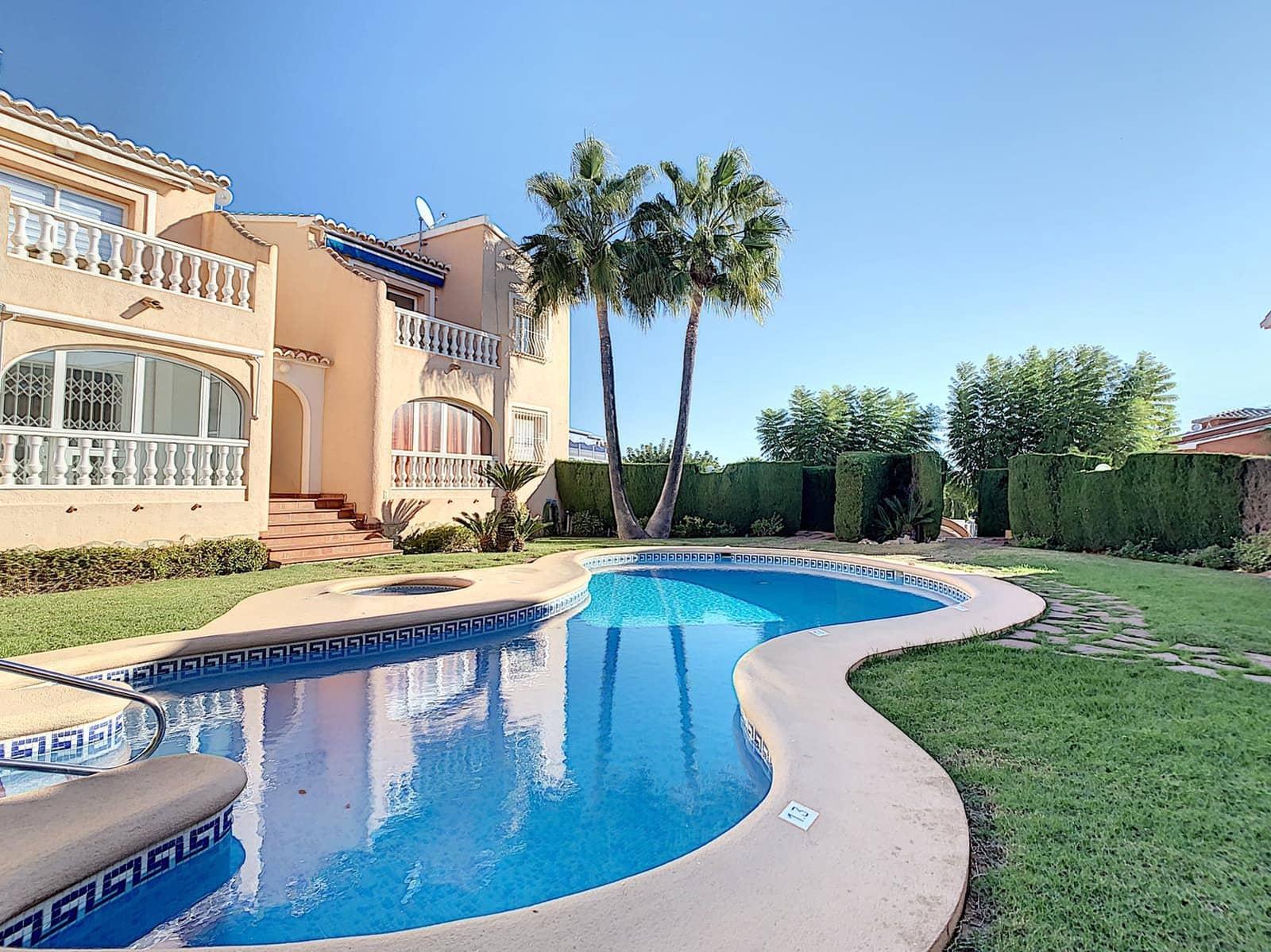 2 soverom Penthouse til salgs i Benitachell / Benitatxell med svømmebasseng - € 94 000 (Ref: 5668981)
