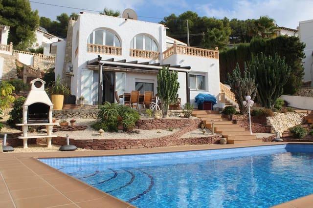 3 soveværelse Villa til salg i Moraira med swimmingpool - € 365.000 (Ref: 5685440)