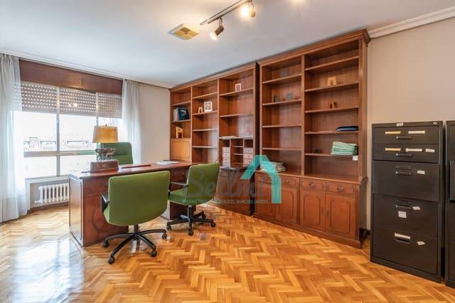 3 soverom Kontor til leie i Oviedo - € 800 (Ref: 4874109)