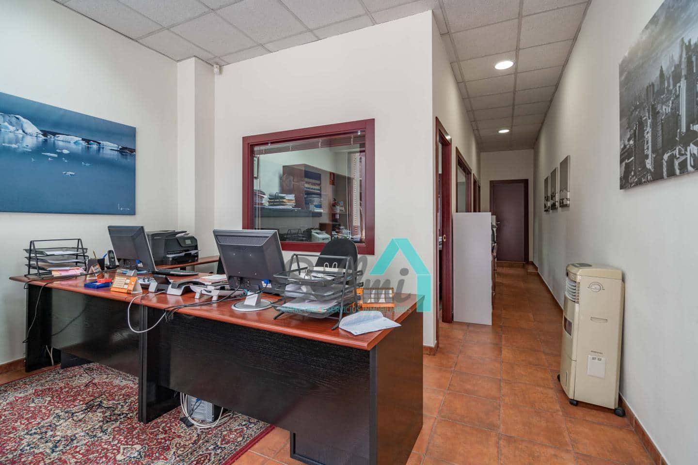 2 sovrum Företag till salu i Oviedo - 75 000 € (Ref: 5391560)
