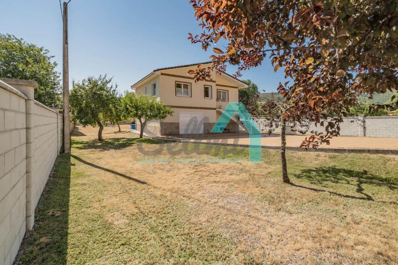 3 soveværelse Villa til salg i Valdesamario - € 190.000 (Ref: 6276168)